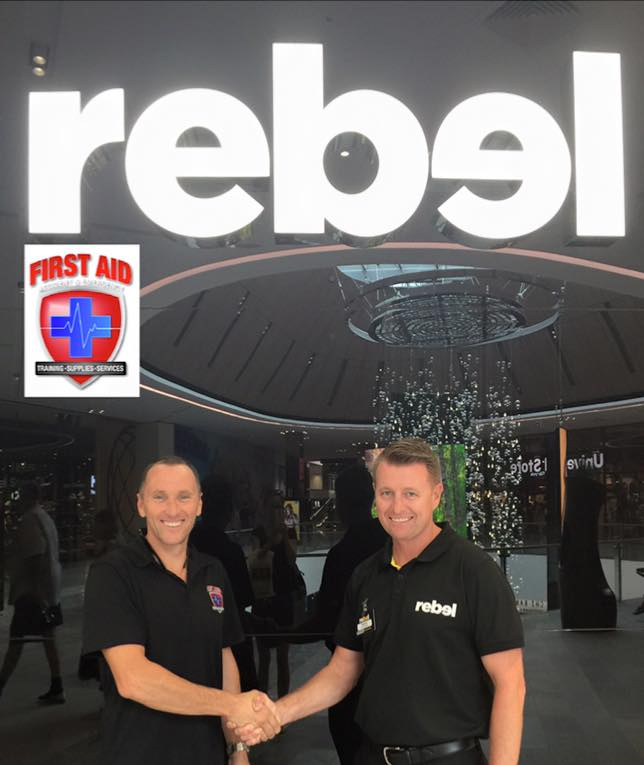 FAAE Director Scott Whimpey with Rebel Sport Pacific Fair Store Manager, Rod Brown.