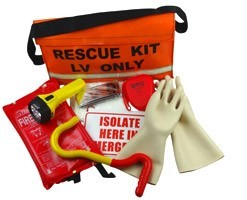 free first aid kit with course