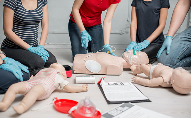 Business CPR and First Aid Training with Defibrillator